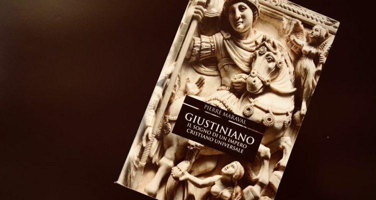 Giustiniano : il sogno di un impero cristiano universale / Pierre Maraval ; traduzione italiana a cura di Lucia Visonà, 21 editore, 2017
